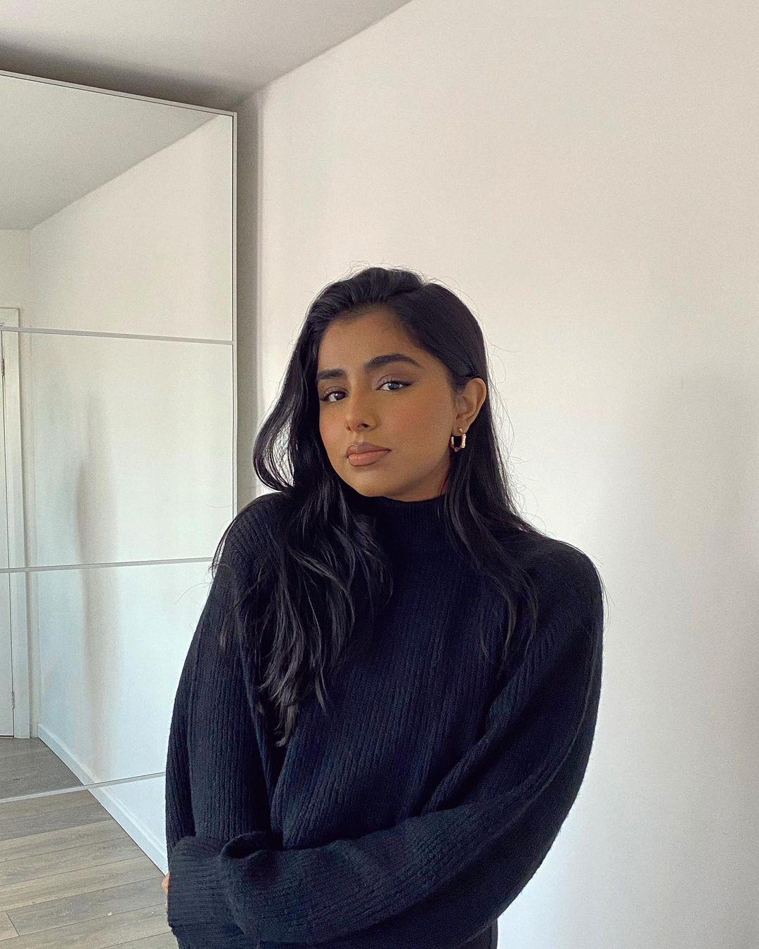 Soniaa-jay-Wallpapers-Insta-Fit-Bio-1