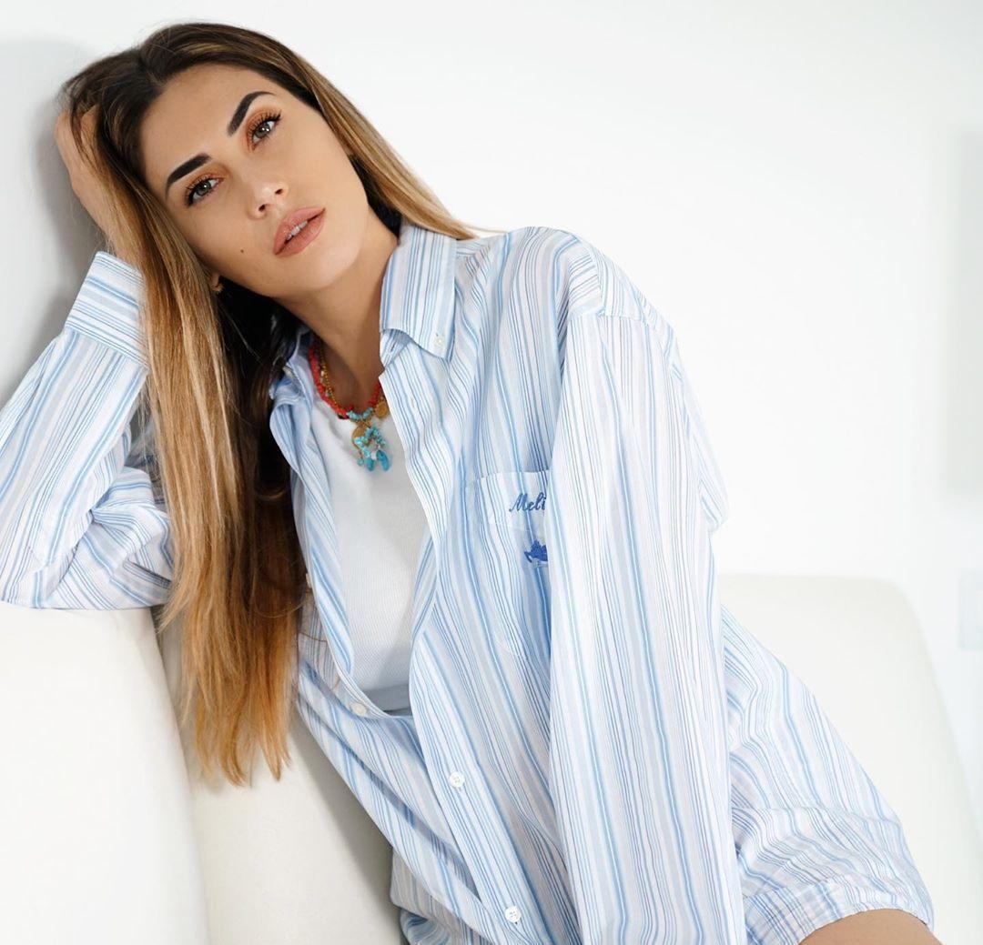Melissa-Satta-Wallpapers-Insta-Fit-BIo-14