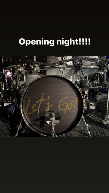 shania-vegas-letsgo-instagramstories-rehearsals120619-drums
