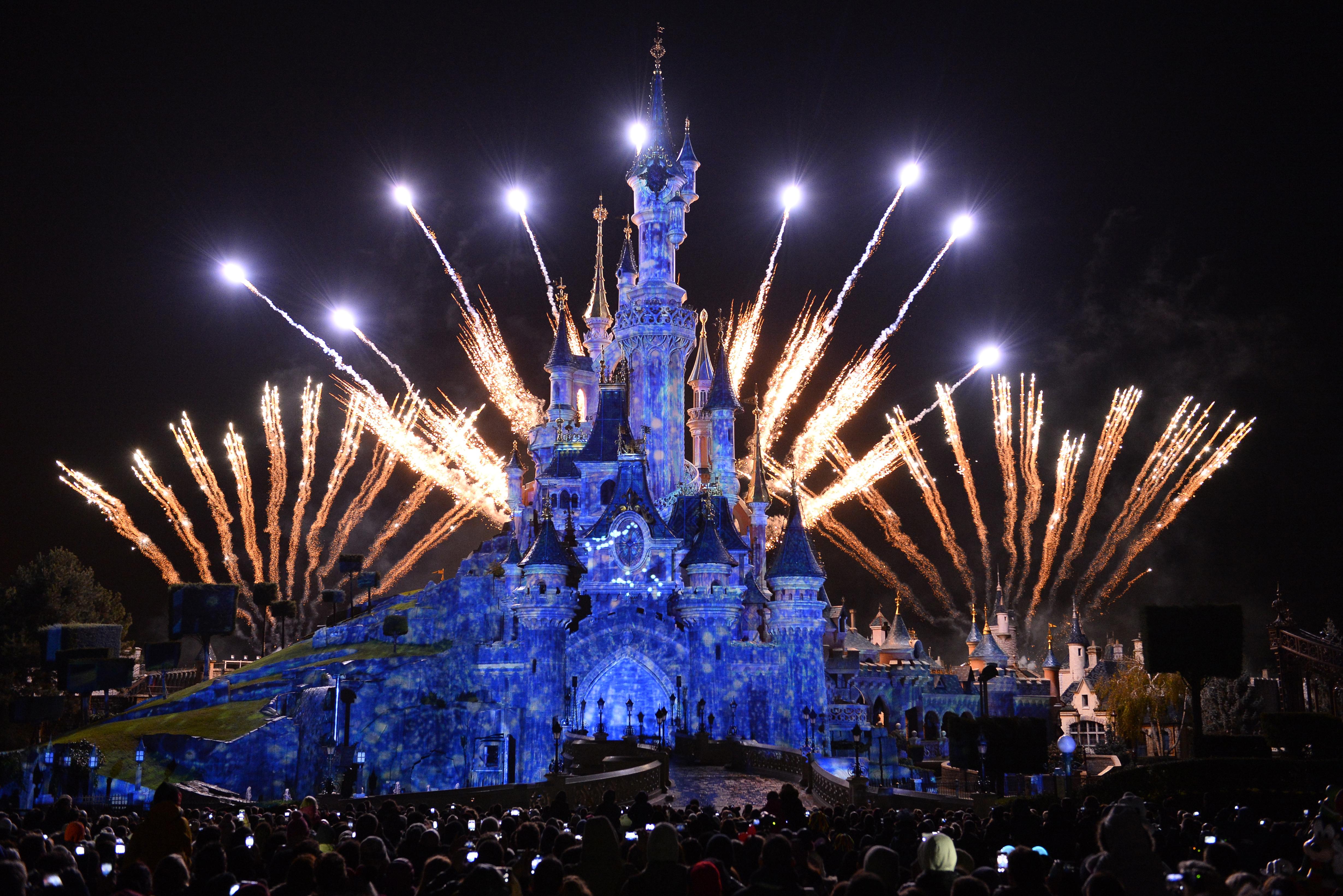 Fireworks at Disneyland Paris New Years Eve