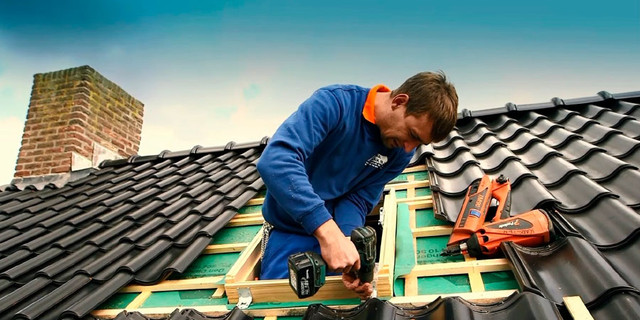 Types of House Roofs: 7 Tips on Choosing the Right House Roof