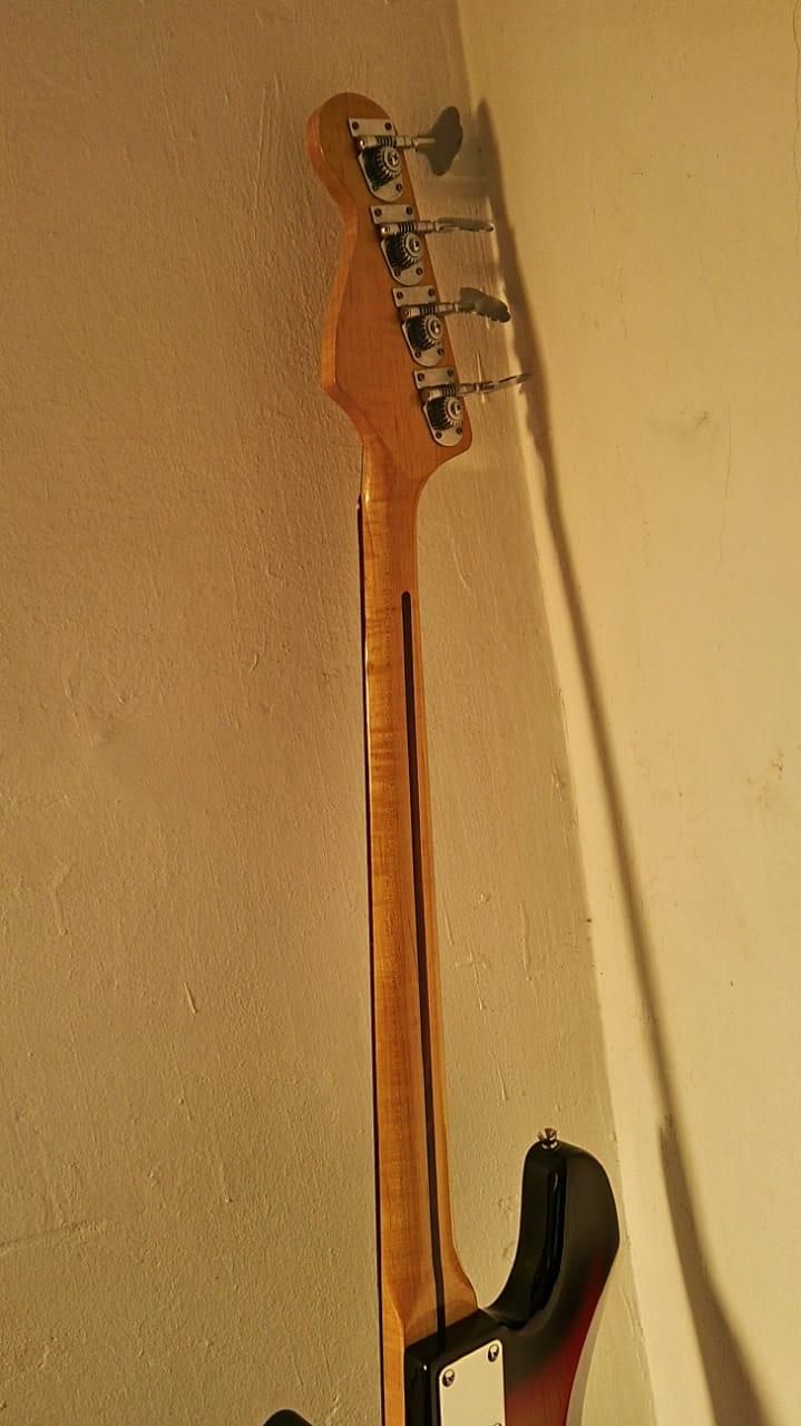Madeiras Shelter Jazz Bass 5