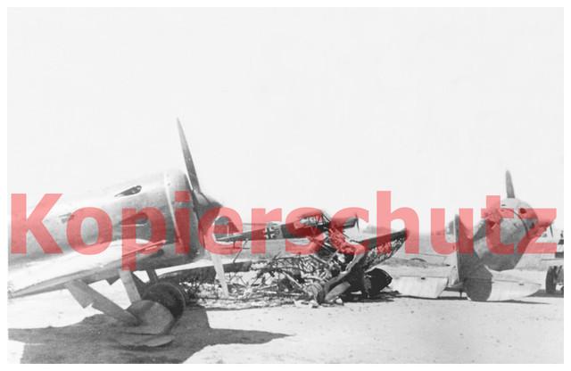 2-Wk-Foto-russ-Flugzeug-Bomber-und-Fieseler-Storch
