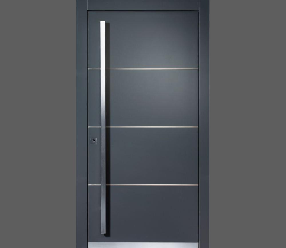 Desain Pintu Hitam dengan Aksen Aluminium