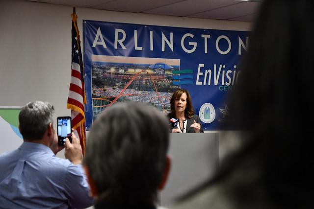 Arlington-En-Vision-Center-3.jpg