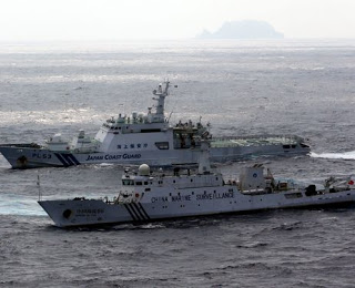 Japan-Coast-guard-sailing-parallel-with-China-coast-guard-Senkaku