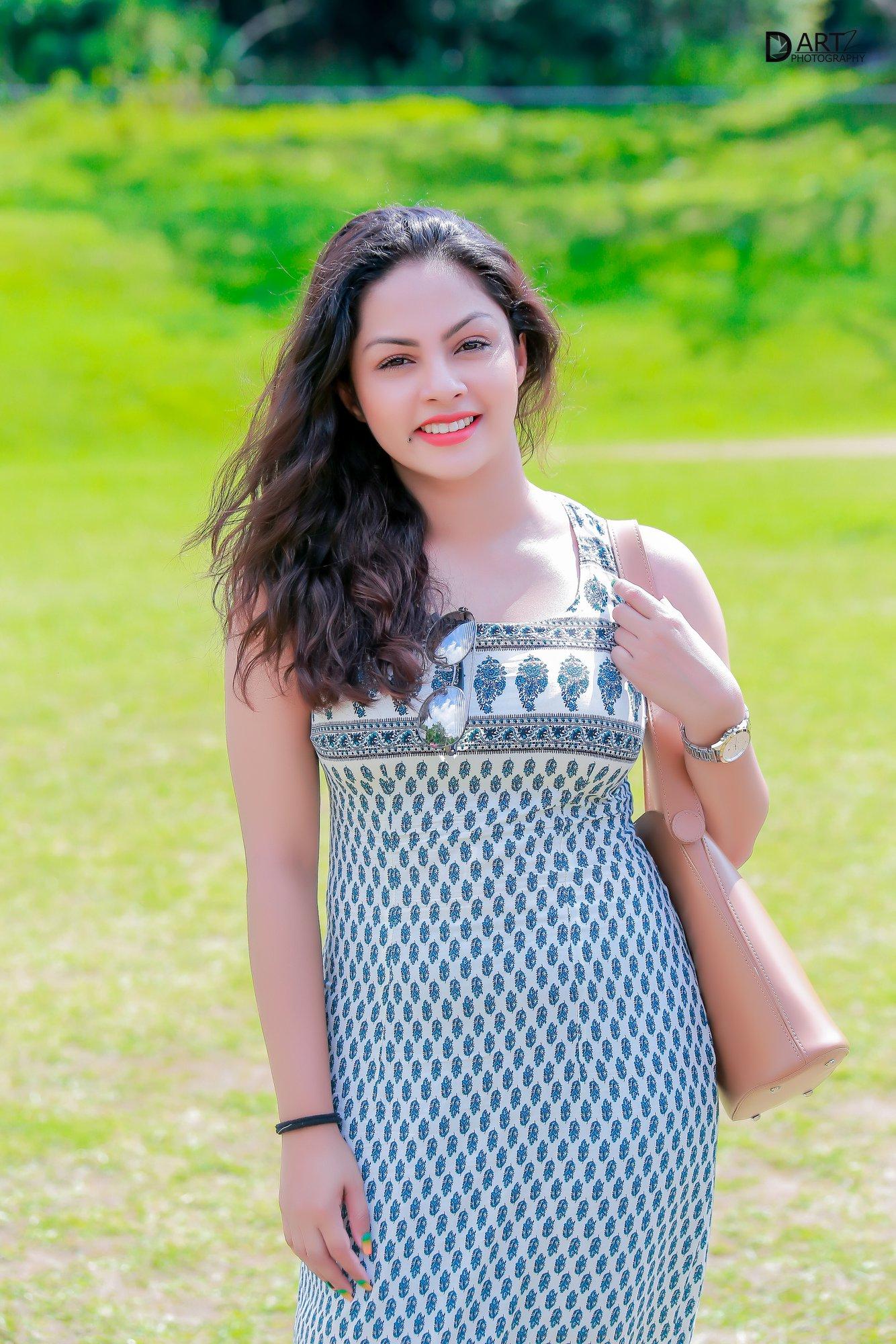 shalani-tharaka-lanka-web-gossip-12