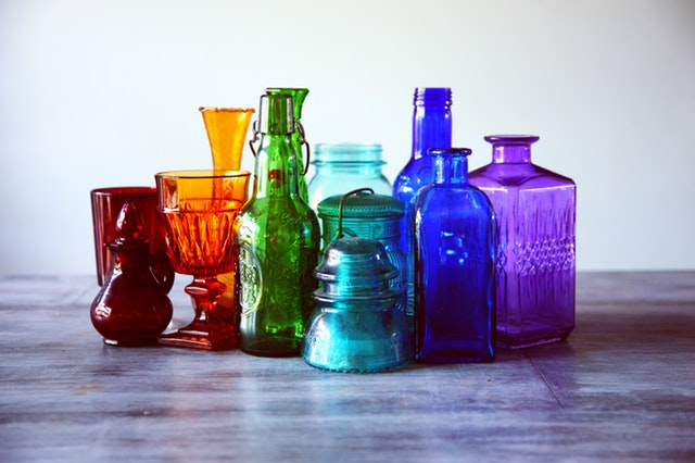 assorted-bottles-bright-clean-1148450