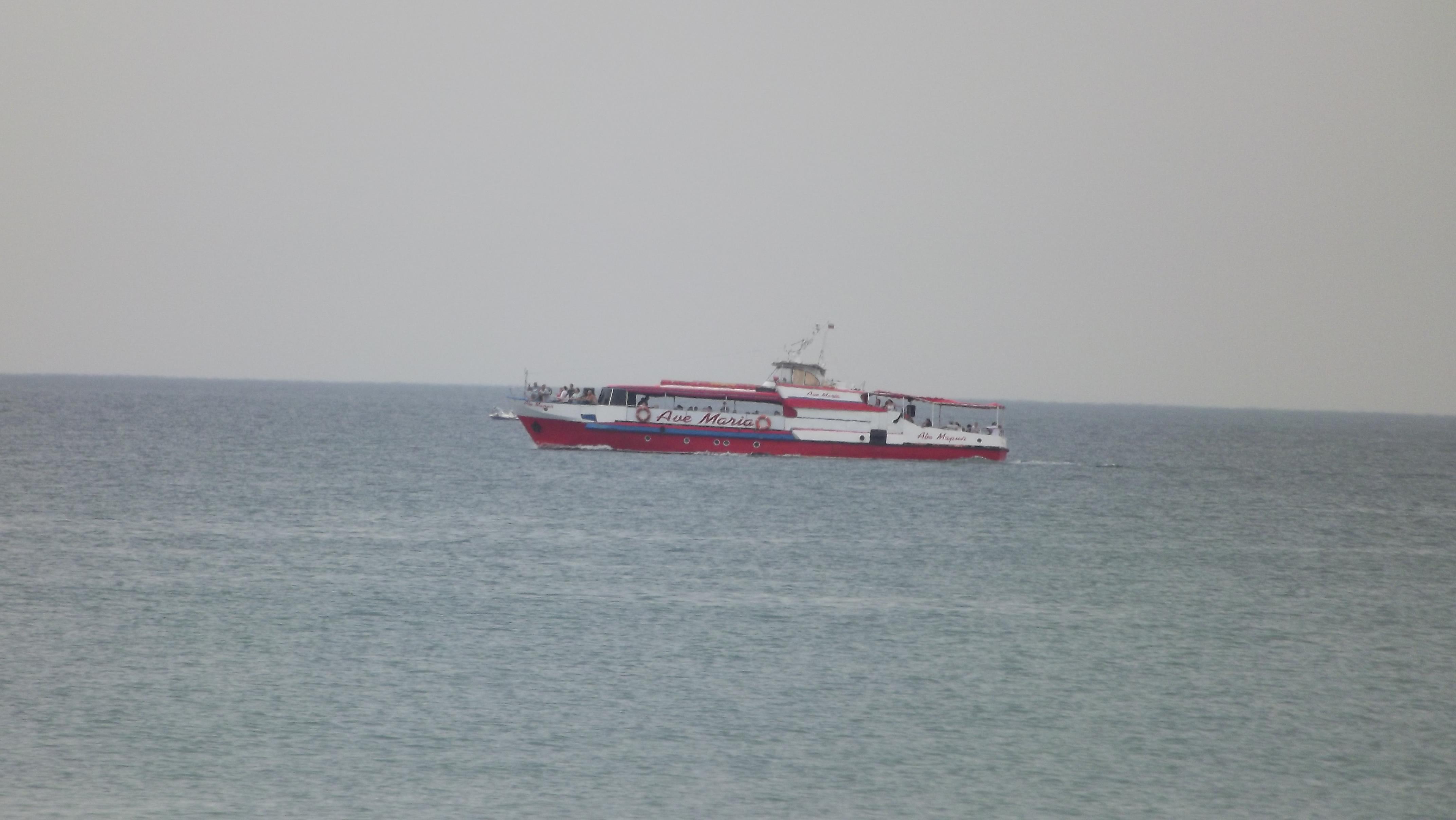 море анапы, Аве мария катер