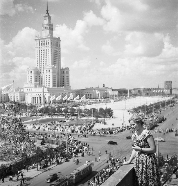 V-world-festival-of-youth-and-students-in-Warsaw-1955-2