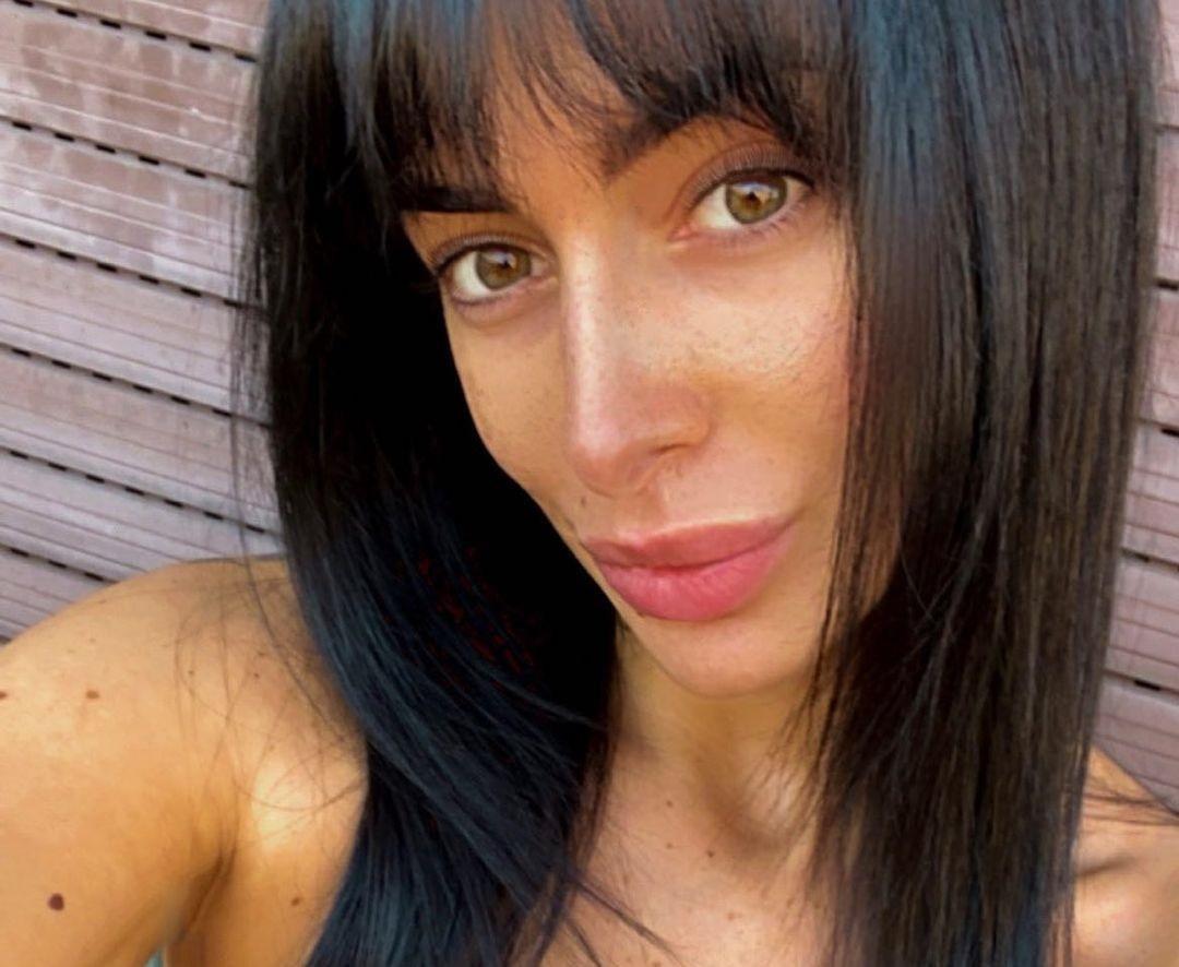Alessia-Messina-Wallpapers-Insta-Fit-Bio-10