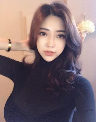 5 Fakta Choi Somi, Selebgram Seksi yang Mirip Yoona SNSD
