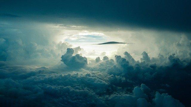 sky-690293-640