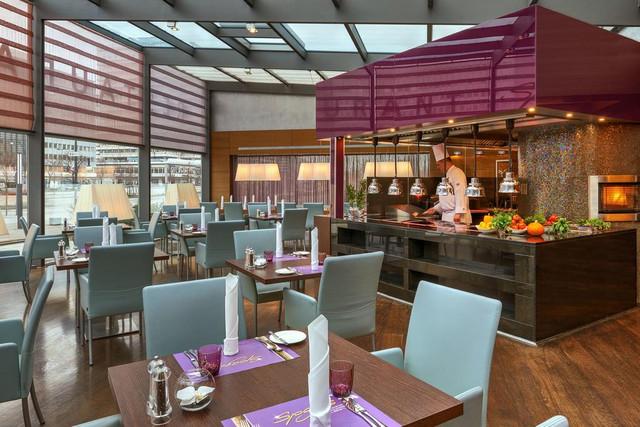 restaurante-park-inn-berlin-travelmarathon-es