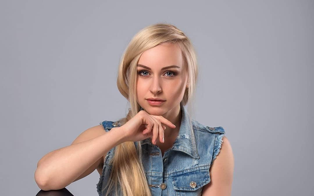 Evgenia-Taranukhina-Wallpapers-Insta-Fit-Bio-12