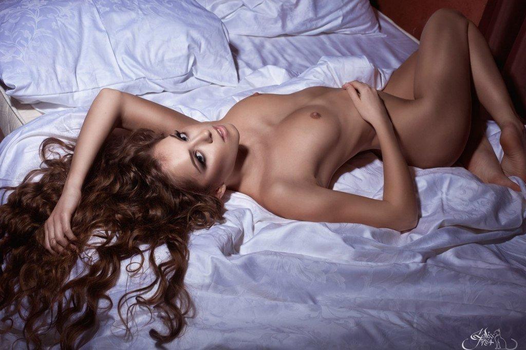 Fit-Naked-Girls-com-Dasha-Mikhailova-nude-2