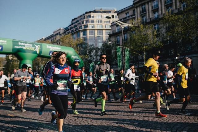 salida-maraton-paris-travelmarathon-es