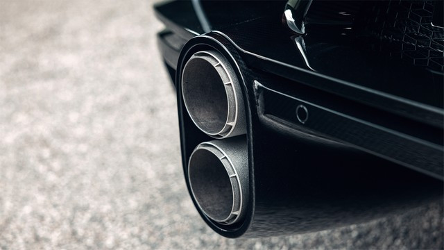 Bugatti Chiron Super Sport – la quintessence du luxe et de la vitesse  03-07-bugatti-chiron-super-sport-molsheim-front-rear-exhaust