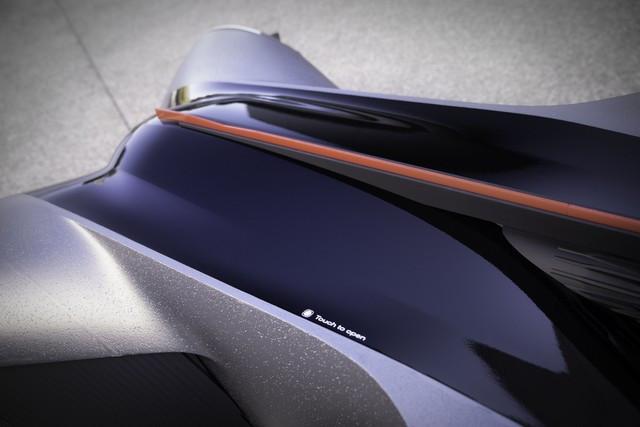 Nissan « GT-R(X) 2050 » : Le Projet D'un Stagiaire Devient Réalité Nis-GTR-2050-09-source