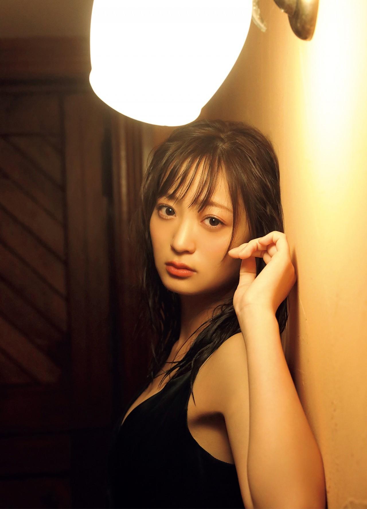 和田瞳 初公開 フルヌード エロ画像 009