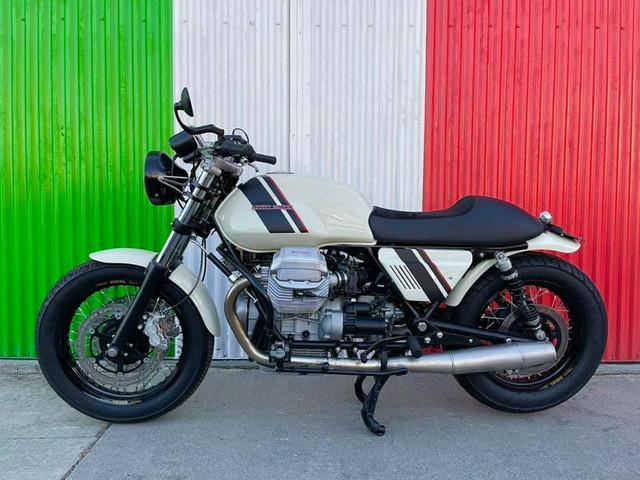 Moto-Guzzi-Classics-1100-SS-white