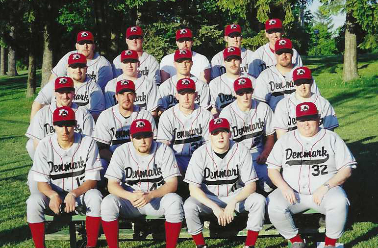 1999 Denmark Devilbears Team Photo