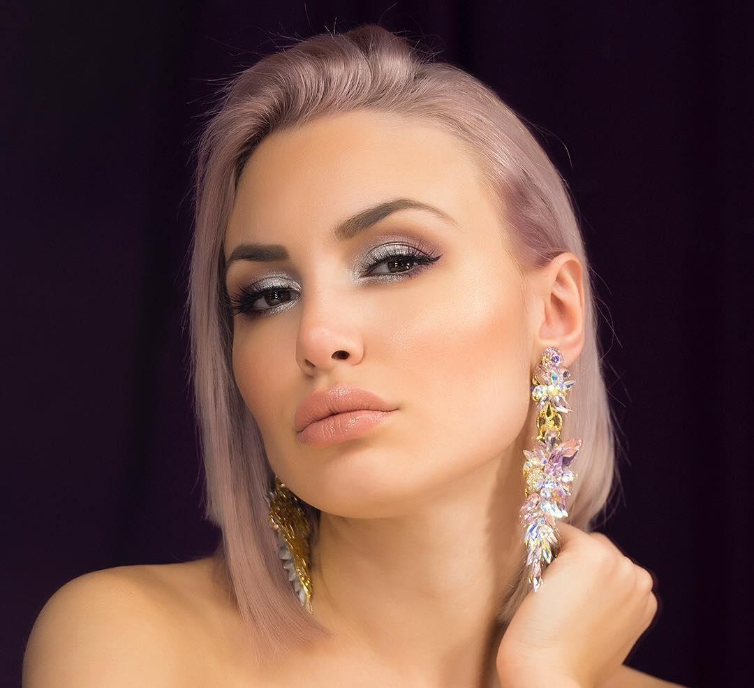 Alexandra-Panagiotarou-Wallpapers-Insta-Fit-Bio-15