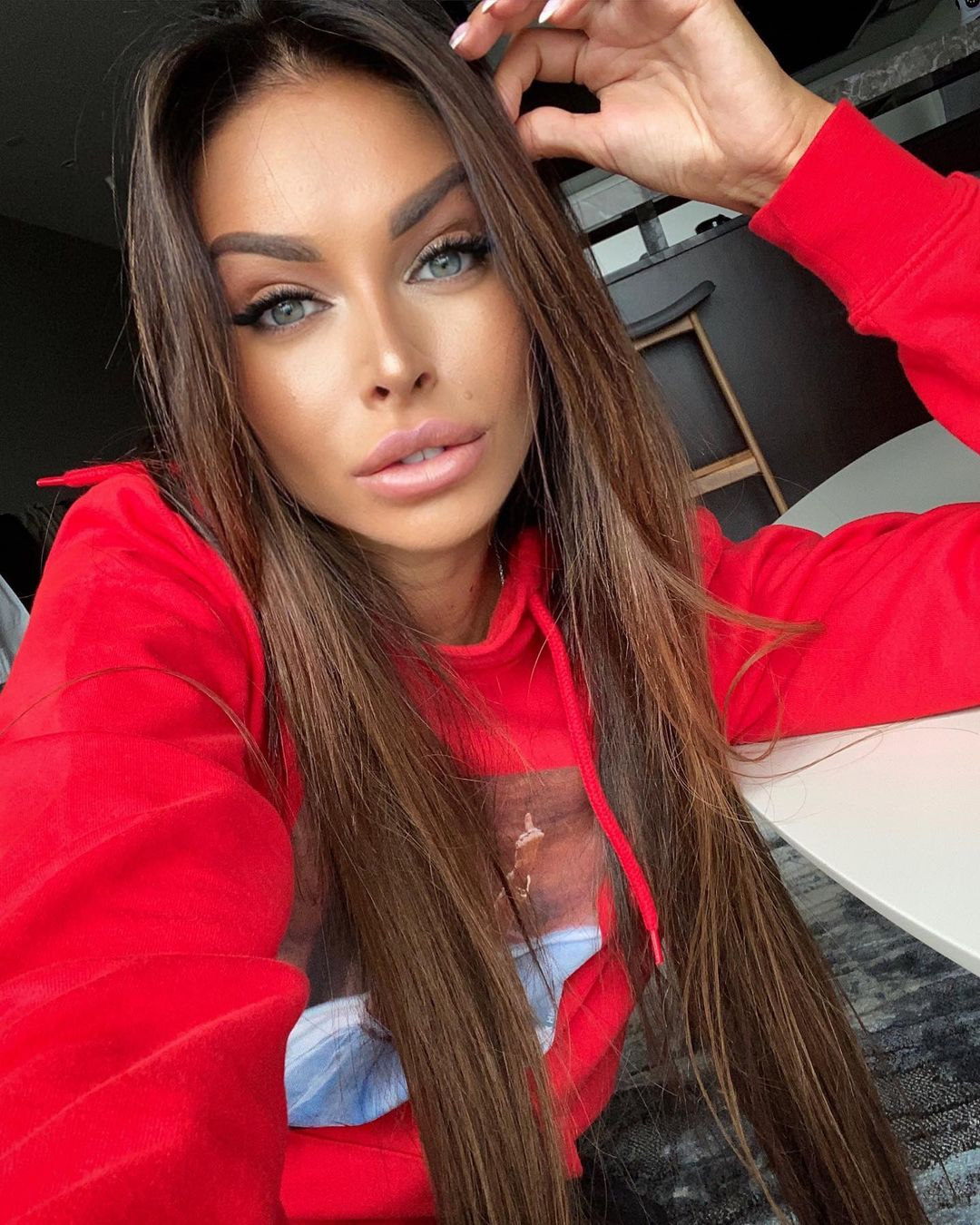 Evgenia-Alex-Wallpapers-Insta-Fit-BIo-13