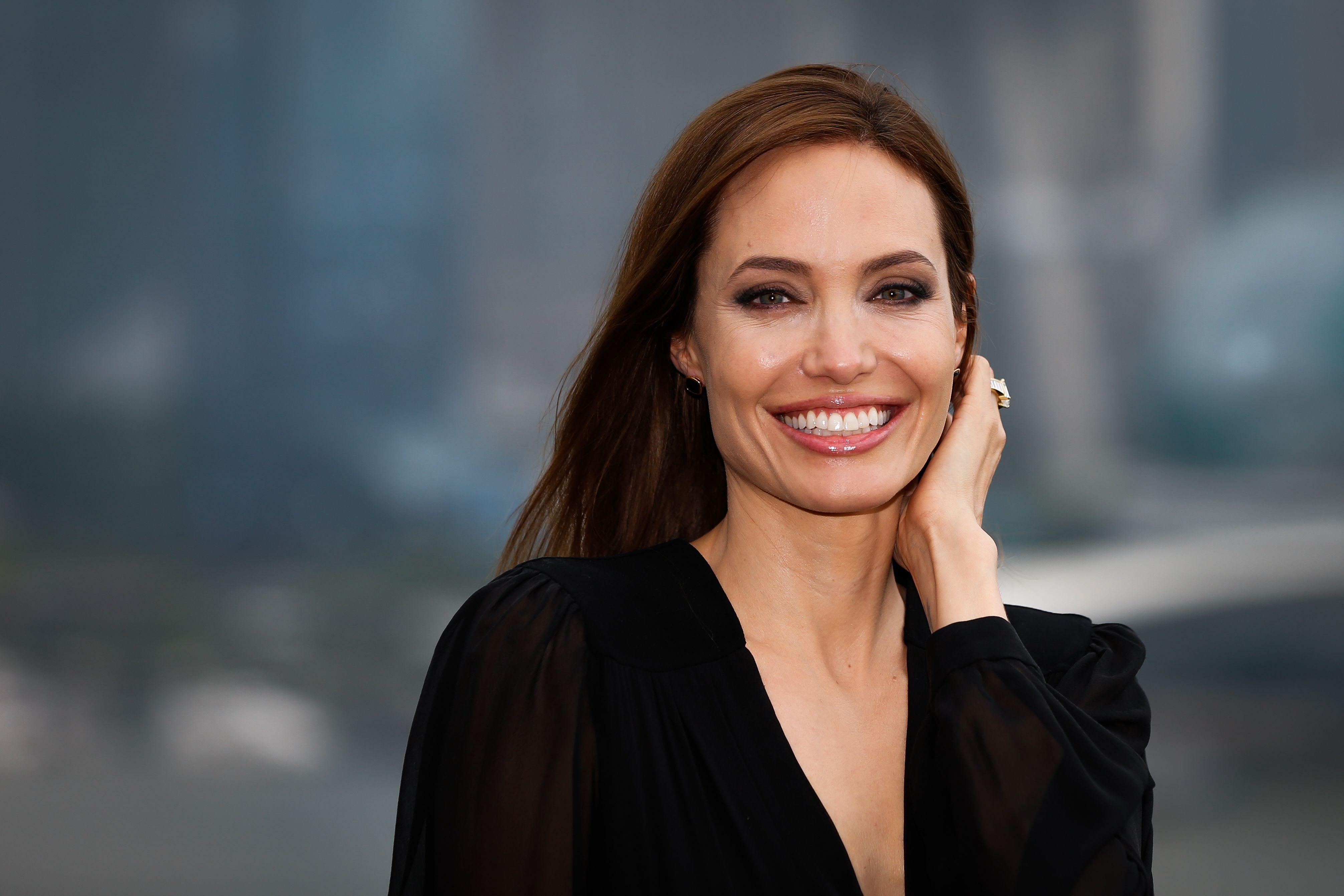 Angelina Jolie oggi compie 46 anni