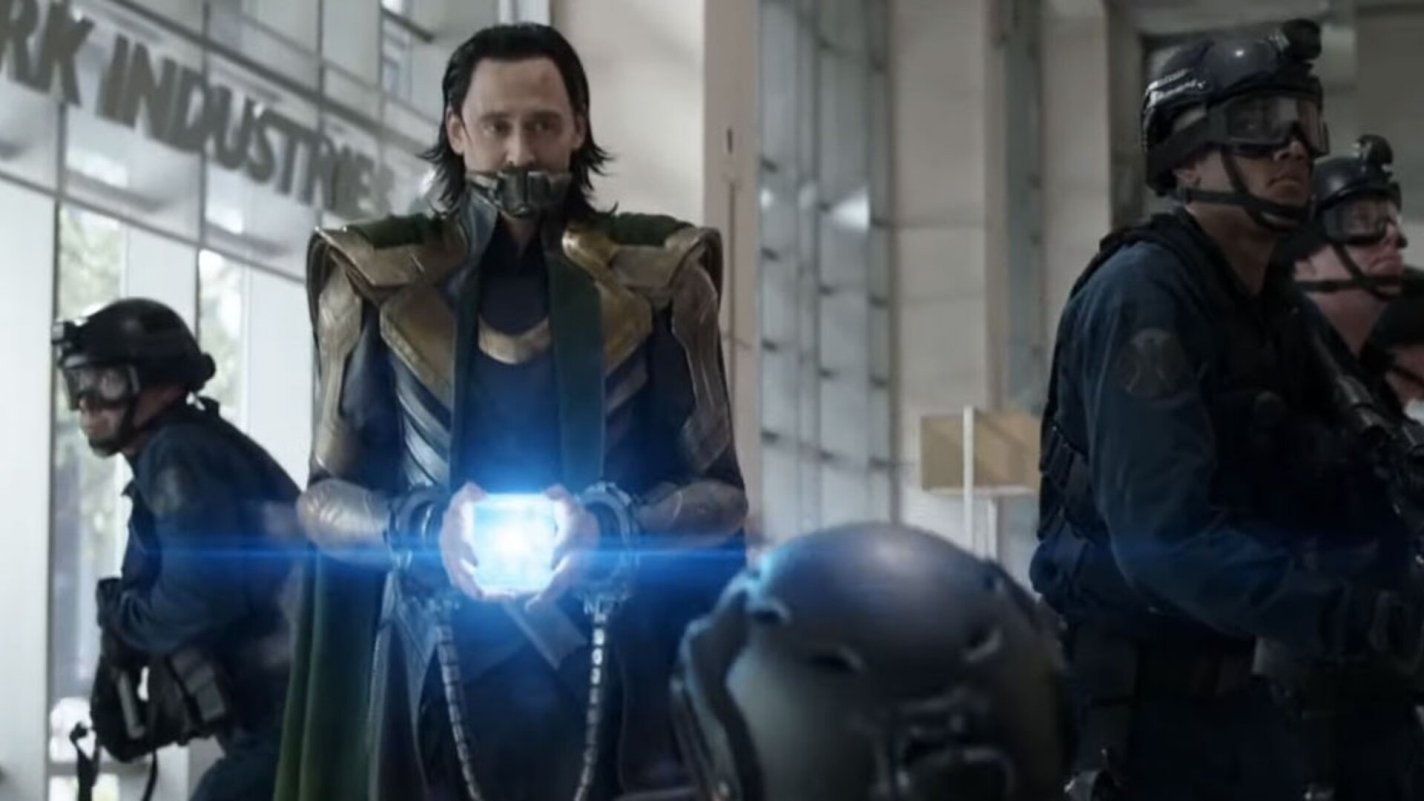 Loki-Tesseract