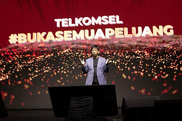 Direktur-Utama-Telkomsel-1