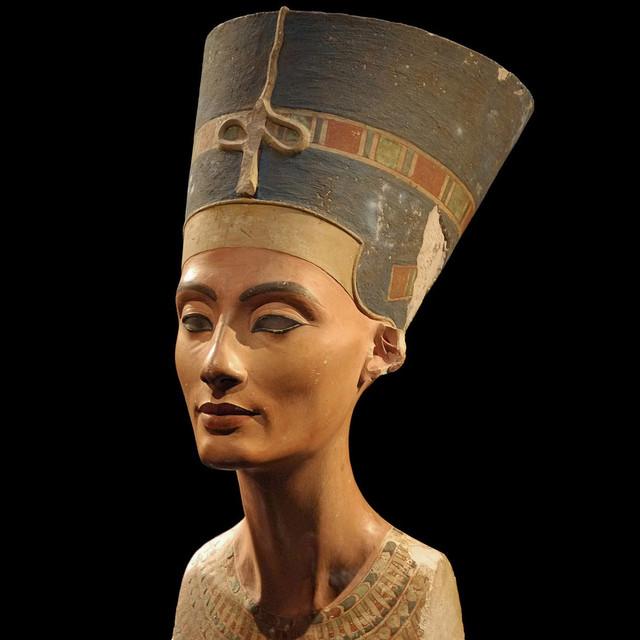 Nefertiti image