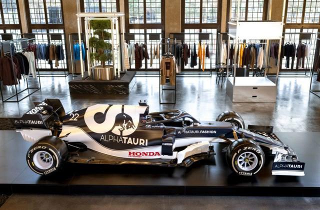 F1 2021 : La Scuderia AlphaTauri a présenté sa nouvelle Formule 1, baptisée AT02 2021-launch-gallery8-scuderia-alphatauri