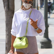 Alessandra-Ambrosio-Cameltoe-after-the-gym-in-Brentwood-Kanoni-5