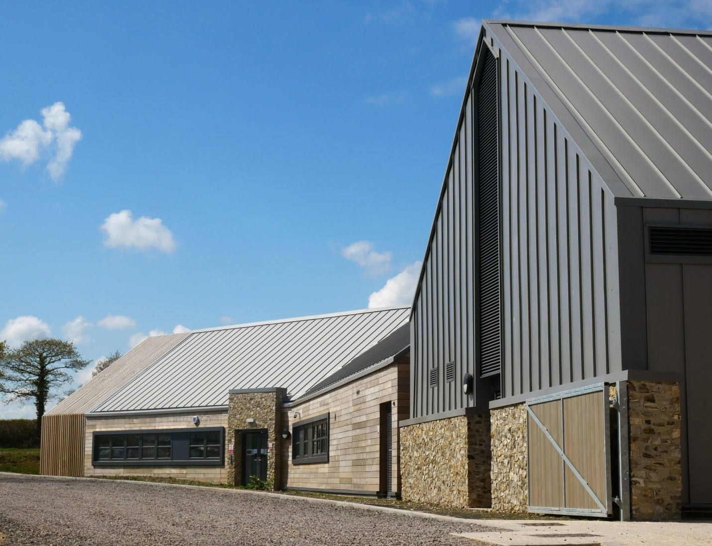 Veterinary Hospital Services In A New Metal Fabricated Building