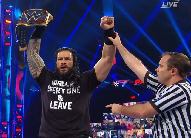 Roman Reigns nuevo Campeón Universal
