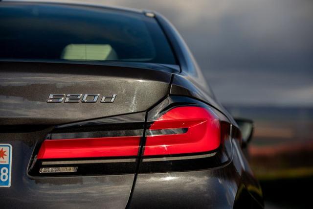 2020 - [BMW] Série 5 restylée [G30] - Page 11 732-E3899-57-A8-4712-9-C82-E9161098-DAE7