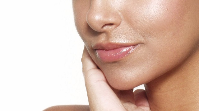 Easy Home Hacks for Healthy Skin