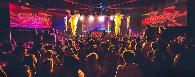 saturday night clubs