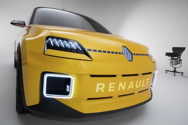 2021 - [Renault] 5 E-Tech - Page 7 EA5-F00-C3-7873-4202-919-A-8-DB65-B4-EAD37