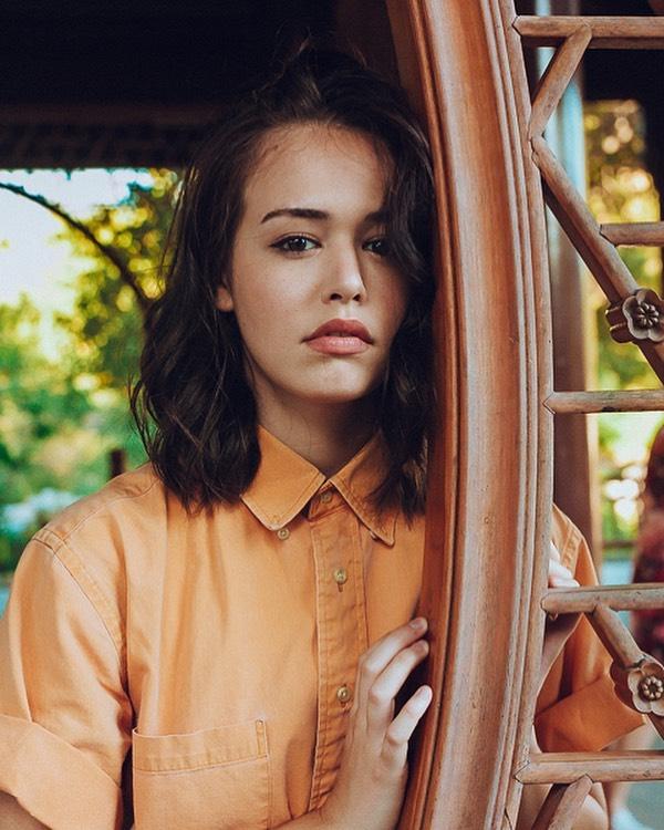 Kaylee-Bryant-Wallpapers-Insta-Fit-Bio-4