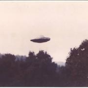 [Image: ufo1-HIGH-REZ-SCAN.jpg]