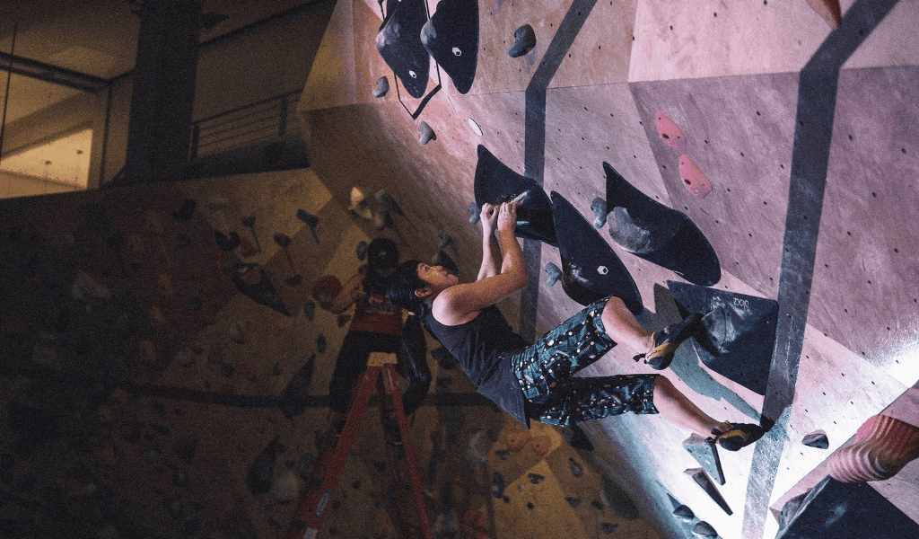 Fry Club Outdoor Climbing Sports Lifestyle