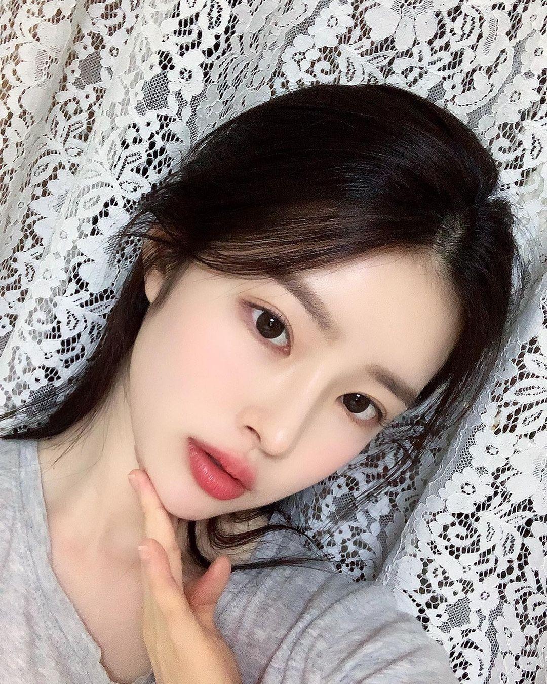 Yoo-Hye-Yeon-5