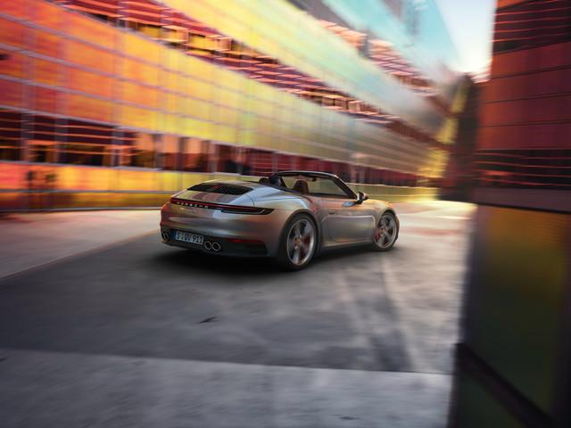 2018 - [Porsche] 911 - Page 13 Porsche-911-carrera-s-cabriolet-71