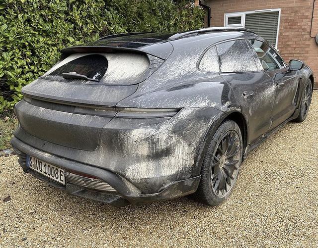 2020 - [Porsche] Taycan Sport Turismo - Page 3 A58-A2-DD3-54-B0-49-D8-960-A-9-DAF1798-EC15
