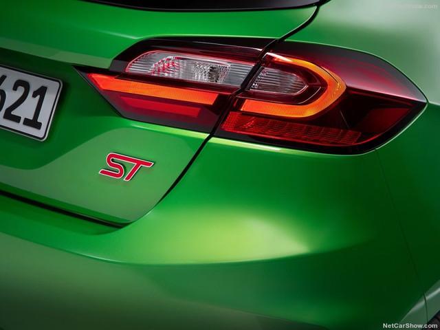 2017 - [Ford] Fiesta MkVII  - Page 19 7-DCE3-C17-EC18-4-B9-C-B7-D2-75-CF46-DC77-EA