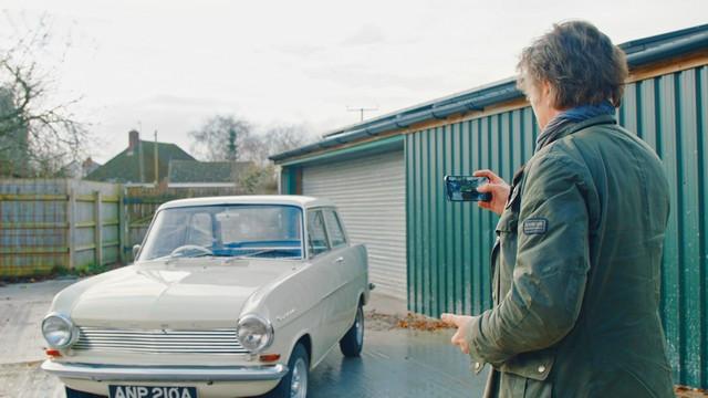YouTube : Opel et le présentateur vedette Richard Hammond, une histoire d'amour 03-Opel-514221