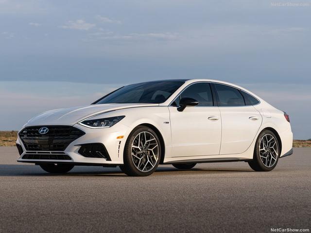2020 - [Hyundai] Sonata VIII - Page 4 172-C3-C61-551-C-4-F72-AA5-C-7512-F69-C20-FD