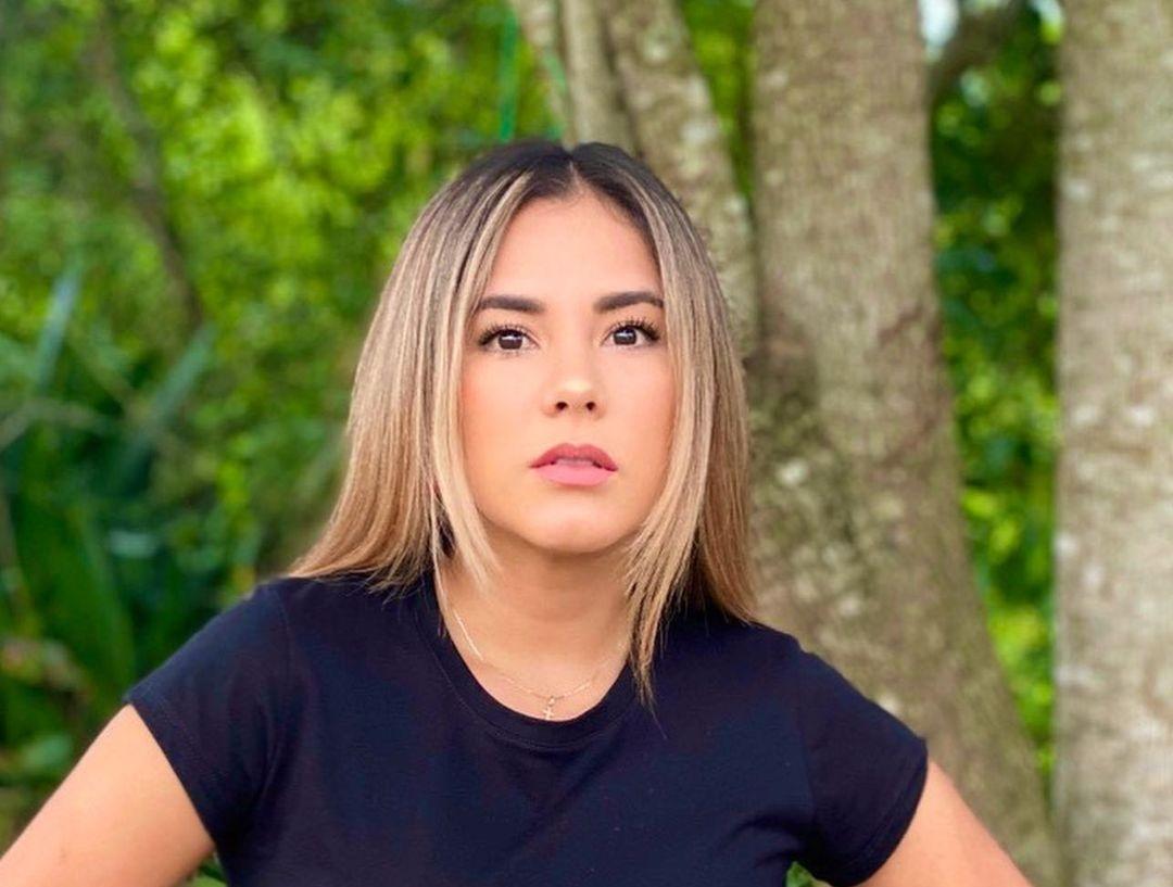Jennifer-Penaranda-Wallpapers-Insta-Fit-Bio-10